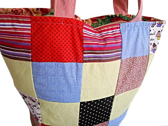 Bolsa Grande Patchwork Quadradinhos-ENCOMENDE - Br Artesanato 844dbbf554e
